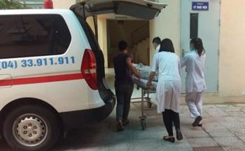 Bệnh viện Saint Paul cứu sống bệnh nhân say rượu tự cắt cổ mình