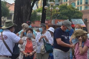 Tổng cục Du lịch hủy bỏ quy định cấm du khách đăng tin về Covid-19 trên mạng xã hội