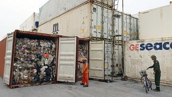 phe lieu ton dong tai cac cang bien da giam gan 9500 container