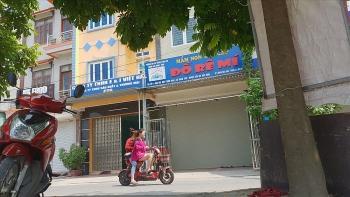 Bệnh viện Nhi TW thông tin về vụ cháu bé 3 tuổi bị bỏ quên trên xe