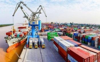 Việt Nam xuất siêu hơn 5,8 tỷ USD trong 9 tháng