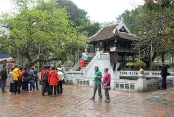 Khách du lịch đến Hà Nội tăng mạnh trong tháng 10