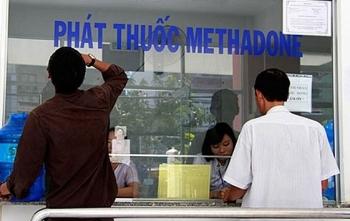 thuoc dieu tri cai nghien methadone se duoc phat ve tan nha benh nhan