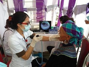 14 cử nhân y khoa tình nguyện về làm việc tại các trạm y tế xã