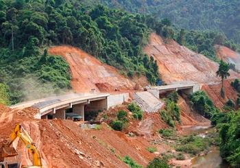 Hàng chục nhà thầu nội đấu thầu 2 dự án cao tốc Bắc Nam