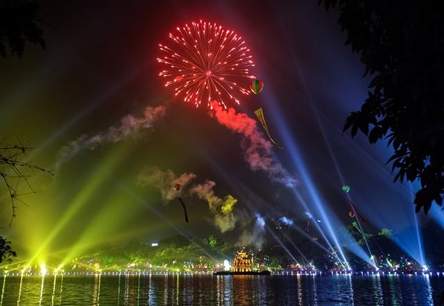 Фейерверки будут проведены вХаное и Хошимине наЛунный новый год