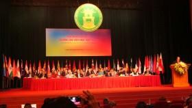 Bắt đầu cuộc tiếp thị văn chương Việt mới
