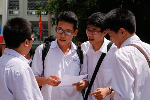 """""""Bỏ thi tốt nghiệp sẽ làm suy giảm nhanh chóng chất lượng nhân lực của xã hội"""""""