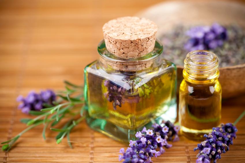 10 loại tinh dầu đẹp da, giữ dáng