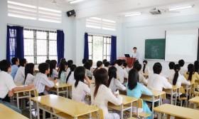 Sinh viên đánh giá giảng viên: Chỉ là hình thức