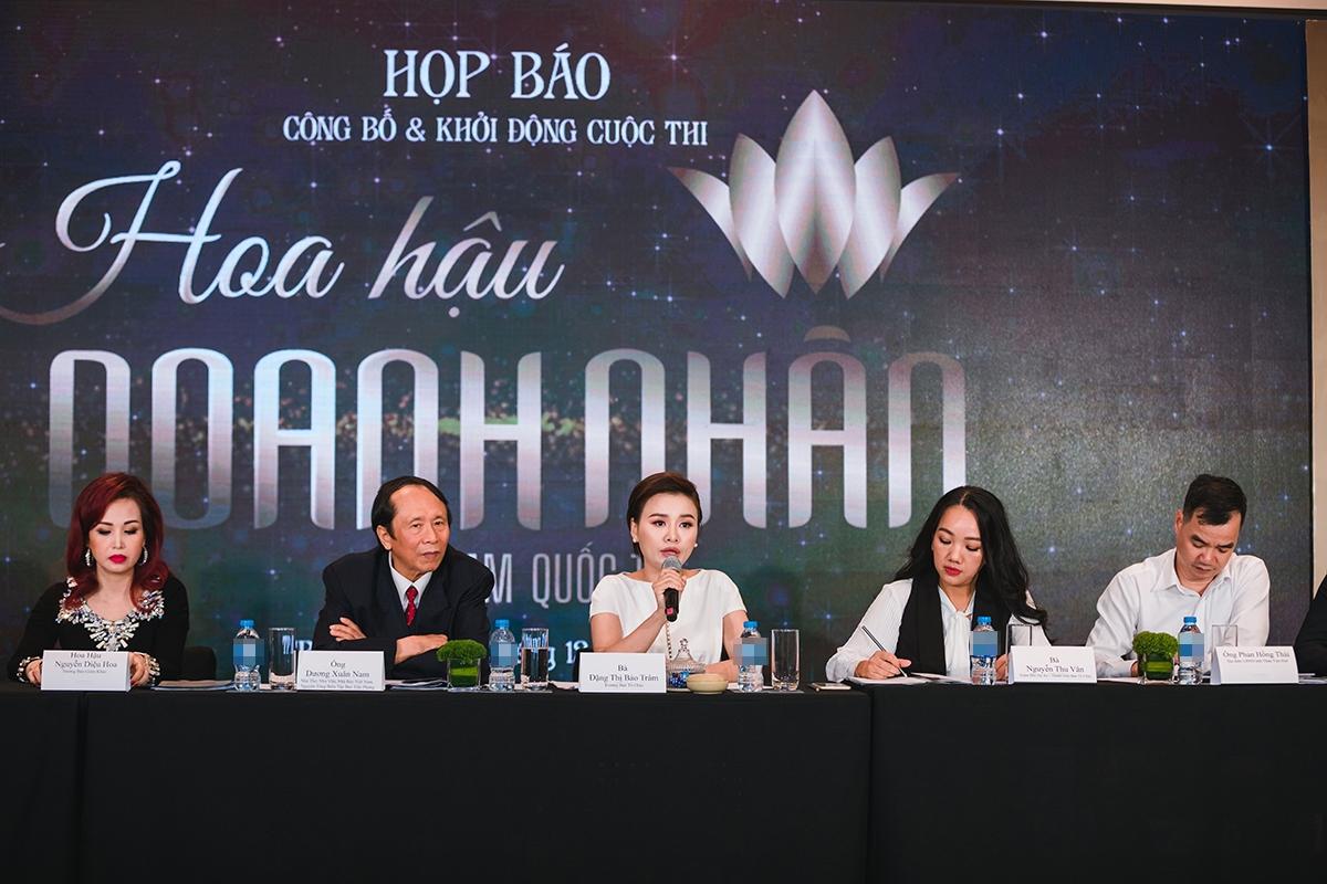 """""""Hoa hậu Doanh nhân Việt Nam Quốc tế"""" tạm hoãn vì dịch corona"""