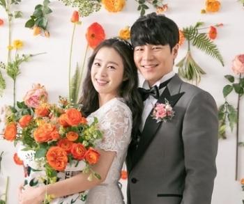Kim Tae Hee xinh đẹp trong loạt ảnh cưới ở tuổi 40