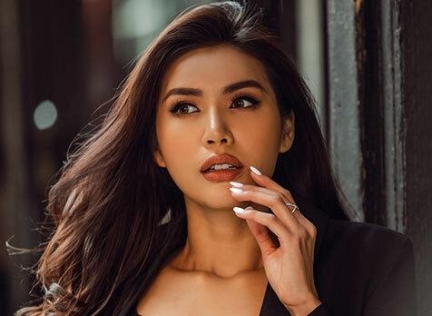 Sau Đông Nhi, siêu mẫu Minh Tú bị chỉ trích keo kiệt vì chỉ từ thiện 10 triệu đồng