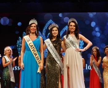 nguyen quynh nhu gianh ngoi a hau tai miss mrs top of the world 2019