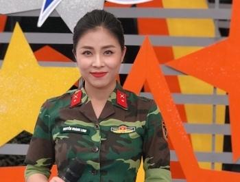"""MC Hoàng Linh bức xúc vì nhiều người """"xin link"""" clip nóng"""
