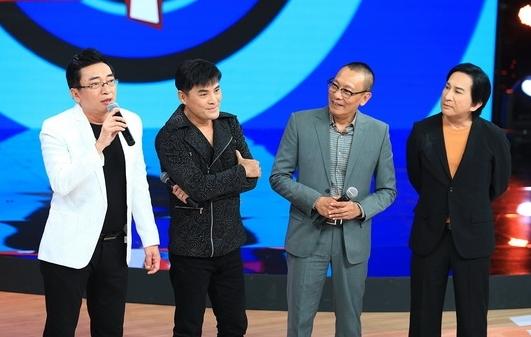 """Ca sĩ Đình Văn, Chế Thanh, Kim Tử Long bồi hồi nhắc về kỷ niệm """"Mưa Bụi"""""""