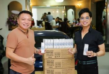 Ngọc Sơn tặng 1.000 chai sát khuẩn cho Đà Nẵng