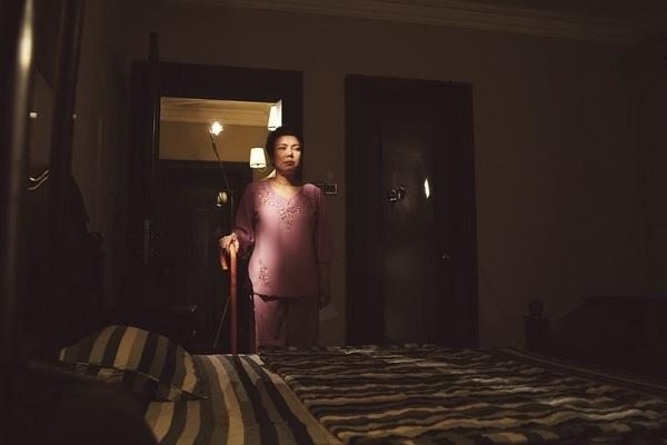 viet huong hoa ba me mu trong web drama dip halloween