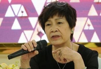 """Bà Hồng Ngát xin rút khỏi Hội đồng duyệt phim sau vụ """"đường lưỡi bò"""""""