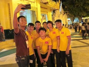 the thao 24h xuan truong cong phuong cong vinh tu suong o myanmar