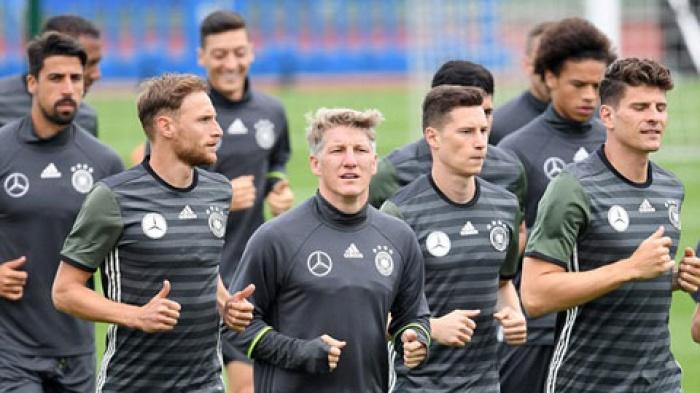 ĐT Đức không mạnh như khi vô địch thế giới 2 năm trước