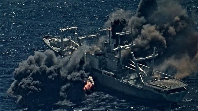 Tàu đổ bộ Mỹ bị đánh chìm trong cuộc tập trận hải quân RIMPAC