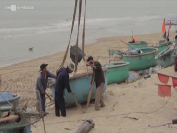 Người dân Bà Rịa - Vũng Tàu và các tỉnh lân cận tránh bão số 9